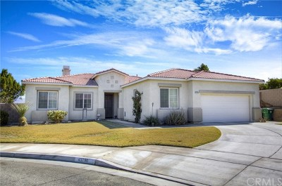 Indio Single Family Home Contingent: 43796 Sunkist Court
