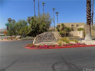 Palm Springs Condo/Townhouse For Sale: 5322 Los Coyotes Drive