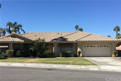 Palm Desert CA Single Family Home For Sale: $439,000