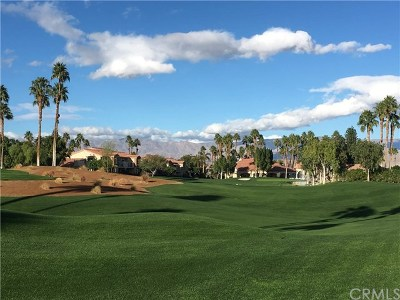 Palm Valley CC, Palm Royale, Rancho La Quinta CC, PGA Palmer Private, Santa Rosa Cove Coun, BDCC Country, Laguna De La Paz, Duna La Quinta, Oasis Country Club, The Hideaway, Indian Ridge, Ironwood Country Clu, Vintage Country Club Condo/Townhouse For Sale: 78215 Crimson Court