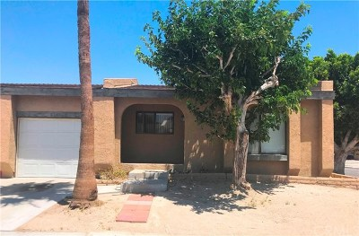 Palm Springs Single Family Home For Sale: 3230 N Sandspring Drive