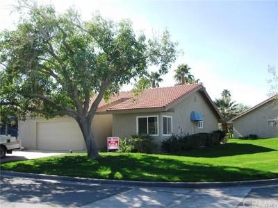 La Quinta Condo/Townhouse For Sale: 79421 Horizon Palms Circle