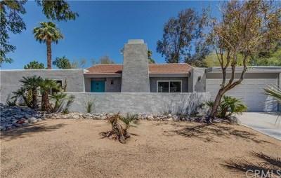 Palm Springs Single Family Home For Sale: 988 E El Conquistador