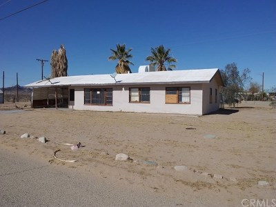 Blythe Single Family Home For Sale: 18351 Cottonwood Drive