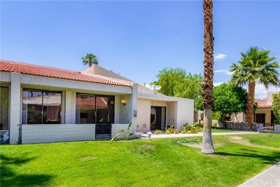 Palm Springs Condo/Townhouse For Sale: 2544 N Whitewater Club Drive #C