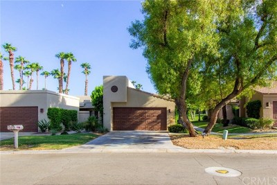 Palm Valley CC Condo/Townhouse For Sale: 76511 Daffodil Drive