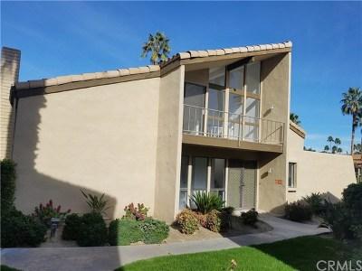 Palm Springs Condo/Townhouse For Sale: 1720 East Camino Parocela #18