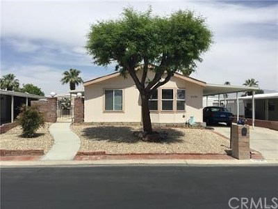 Palm Desert Greens Mobile Home For Sale: 73290 Adobe Springs Drive