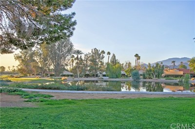 Palm Desert Condo/Townhouse For Sale: 77223 Olympic Way