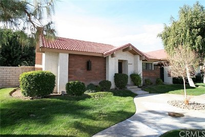 Palm Springs CA Condo/Townhouse For Sale: $284,900
