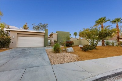 Palm Springs Single Family Home For Sale: 2693 North Via Miraleste