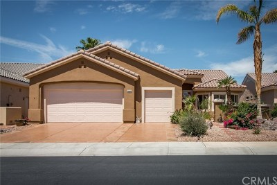 Palm Desert Single Family Home For Sale: 35275 Summerland Avenue