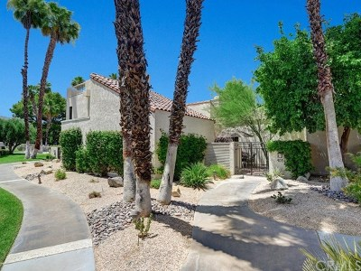 Rancho Mirage Condo/Townhouse For Sale: 405 Forest Hills Drive
