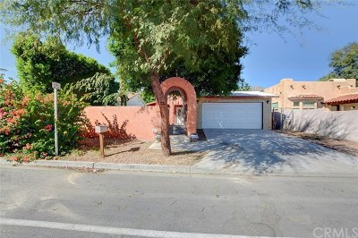 La Quinta Single Family Home For Sale: 51905 Avenida Bermudas