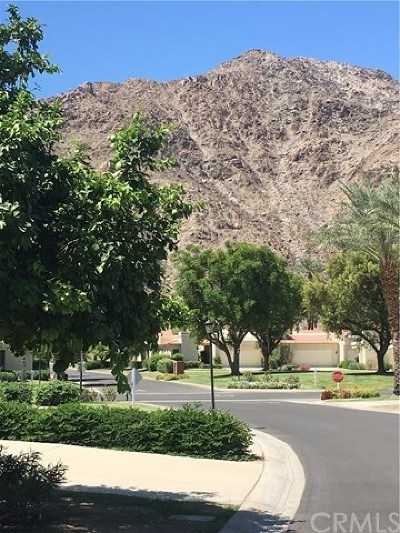 La Quinta CA Single Family Home For Sale: $425,000