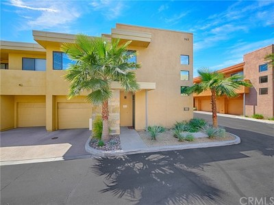 Palm Springs Condo/Townhouse For Sale: 960 E Palm Canyon Drive #205