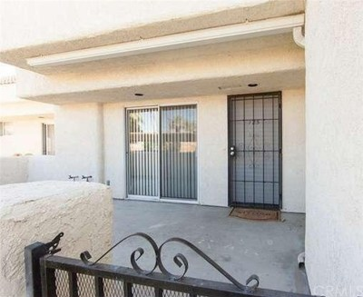 Cathedral City Condo/Townhouse For Sale: 32505 Candlewood Drive #125