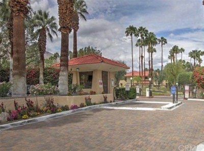 Palm Springs Condo/Townhouse For Sale: 2812 North Auburn Court #F-102