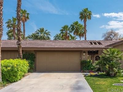 Palm Desert Condo/Townhouse For Sale: 305 Bouquet Canyon Drive