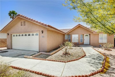 Palm Springs CA Single Family Home For Sale: $279,000