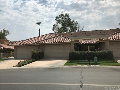 Palm Desert Condo/Townhouse For Sale: 41842 Woodhaven Drive East