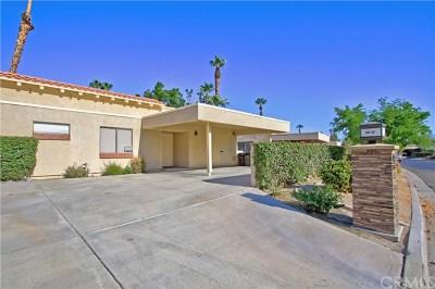 Palm Desert Single Family Home For Sale: 41425 Resorter Boulevard