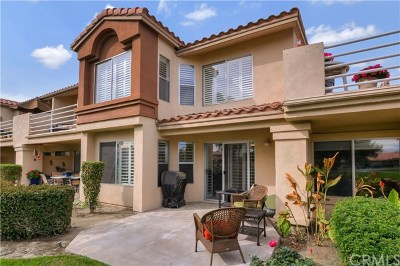 La Quinta Condo/Townhouse For Sale: 78415 Terra Cotta Court