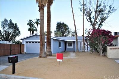 La Quinta Single Family Home Contingent: 52190 Avenida Diaz