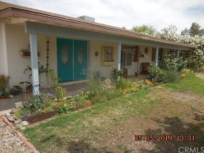 riverside Single Family Home Contingent: 452 S Cottonwood Lane