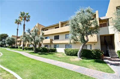 Cathedral City Condo/Townhouse For Sale: 32200 Cathedral Canyon Drive #104