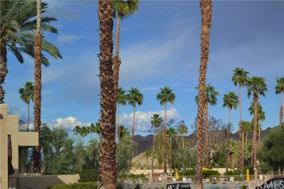 Palm Desert Condo/Townhouse For Sale: 73665 Mesquite Court