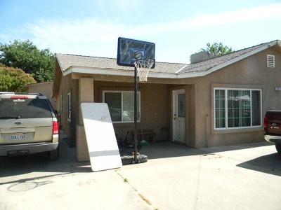 Single Family Home For Sale: 5245 S Clovis Ave Avenue