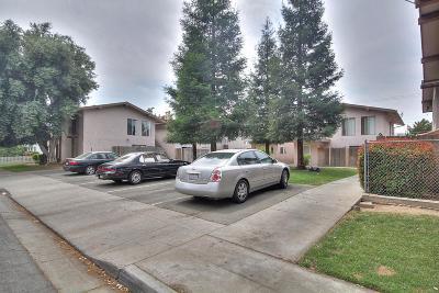 Clovis Multi Family Home For Sale: 1064 Helm Avenue