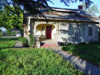 Madera Multi Family Home For Sale: 425 N D Street