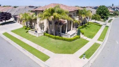 Single Family Home For Sale: 10743 N Baird Avenue