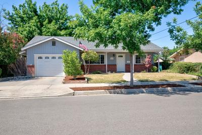 kingsburg Single Family Home For Sale: 1911 Riverside Street