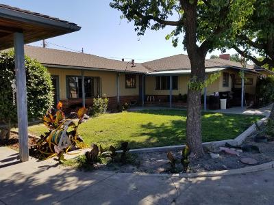 Reedley Single Family Home For Sale: 42047 Road 56