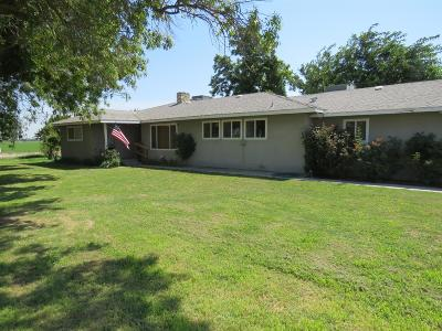 Kerman Single Family Home For Sale: 1504 S Siskiyou Avenue