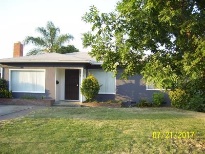 Reedley Single Family Home For Sale: 207 E Linden Avenue