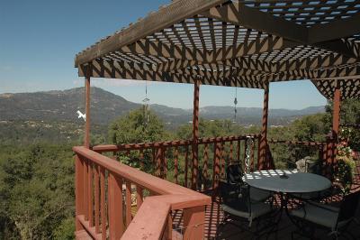 Oakhurst CA Single Family Home For Sale: $329,900