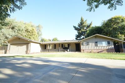 Single Family Home For Sale: 5380 E Lowe Avenue