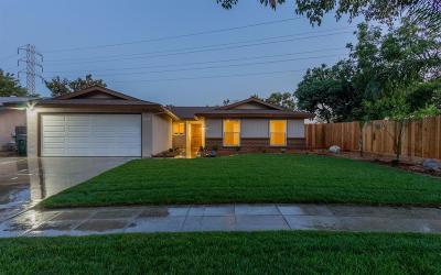 Single Family Home For Sale: 3310 E Cortland Avenue