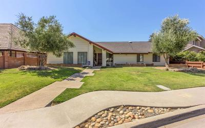Kerman Single Family Home For Sale: 652 S Boyd Drive