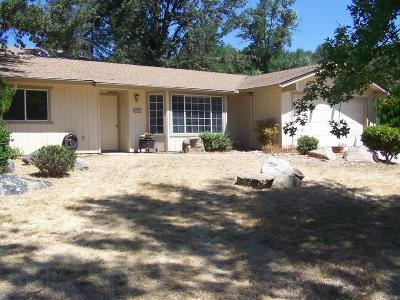 Oakhurst Single Family Home For Sale: 46087 Beechwood Drive
