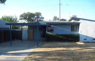 Fresno County Single Family Home For Sale: 1613 W Griffith Way