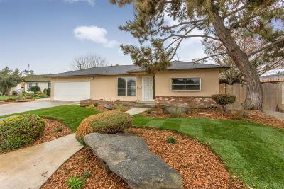 Kerman Single Family Home For Sale: 445 S 2nd Street