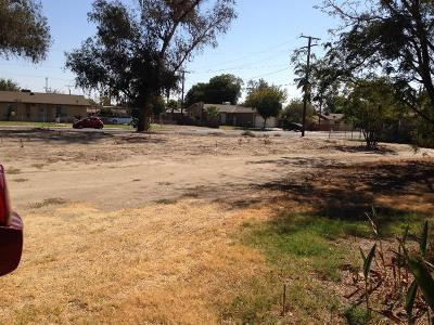 Hanford Residential Lots & Land For Sale: 409 W 3rd Street
