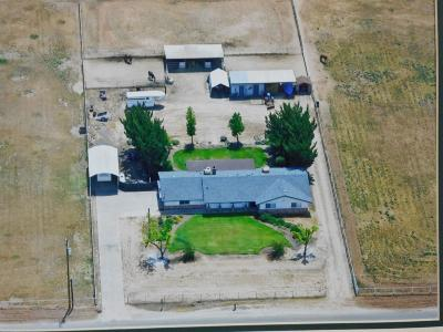 Madera County Single Family Home For Sale: 34614 Avenue 12 1/4