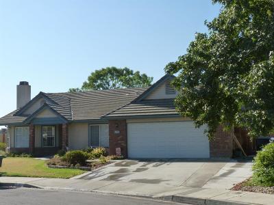 Hanford Single Family Home For Sale: 763 E Redwood Street