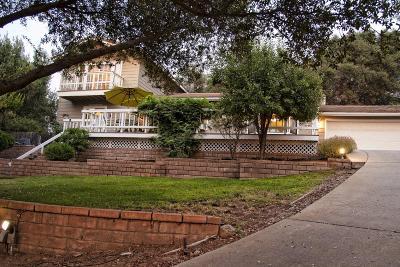 Oakhurst CA Single Family Home For Sale: $327,500
